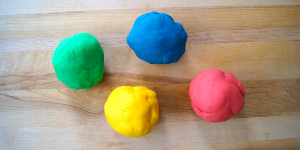 Homemade Play Dough | Twin Cities Moms Blog