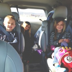 8 tips for making road trips with children easier