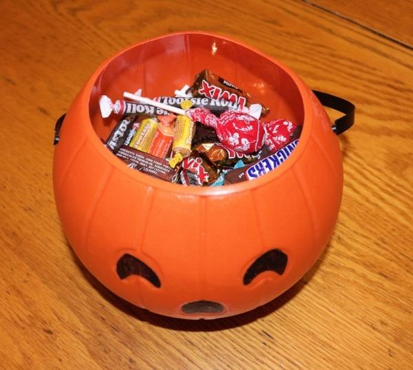 12 Hacks for a Healthier Halloween   Twin Cities Moms Blog