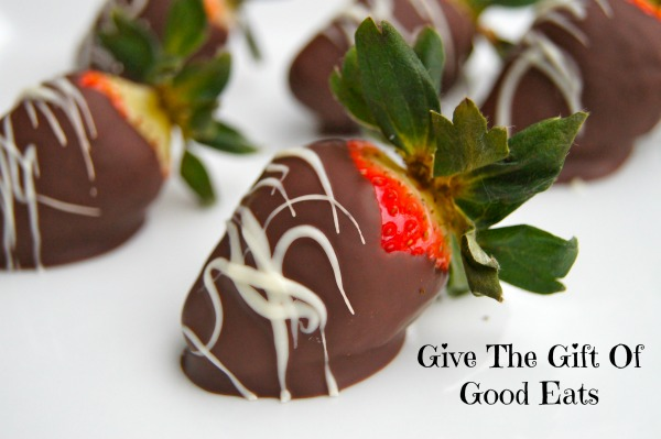 Edible Love:  Chocolate Covered Strawberries | Twin Cities Moms Blog
