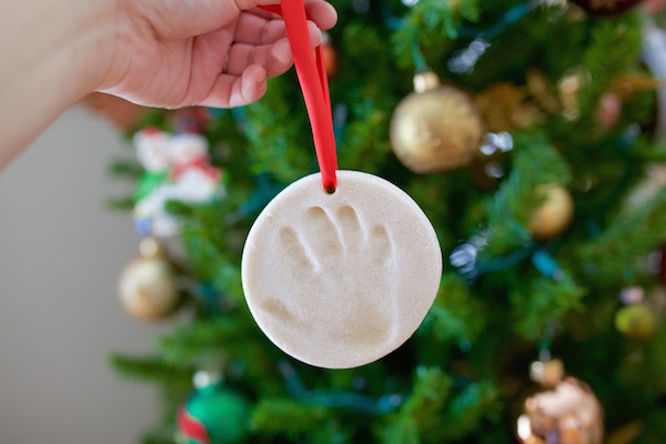 DIY Handprint Ornament | Twin Cities Moms Blog