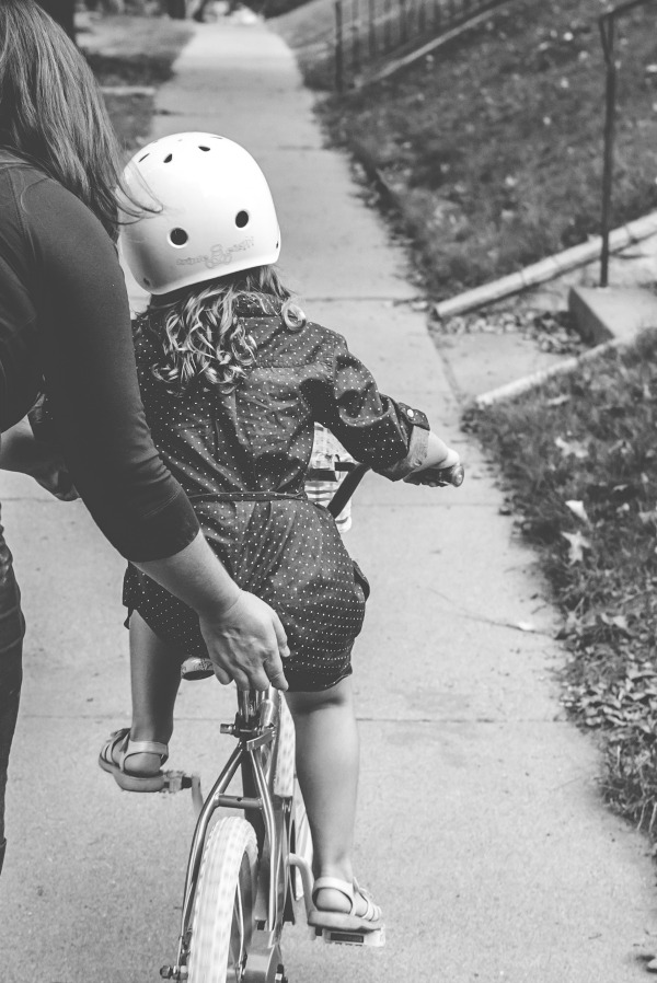 I Don't Know How to Parent in This World | Twin Cities Moms Blog