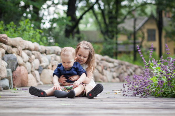 Every Child is Different: Healthy Development from Birth to Three | Twin Cities Moms Blog
