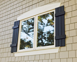 Zelickson-Home-Exterior-Window-Shake-Detail