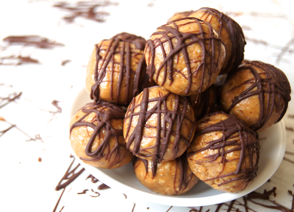 No-Bake Peanut Butter Chocolate Bites | Twin Cities Moms Blog