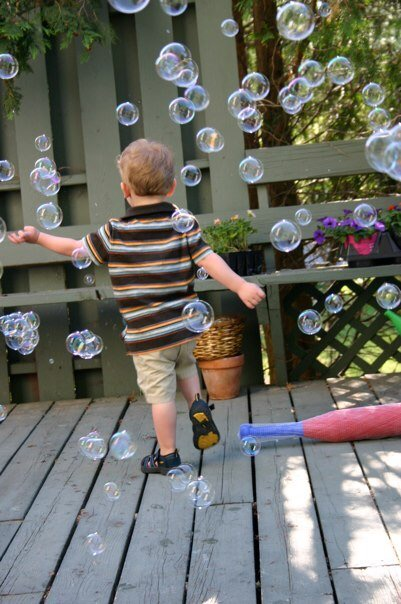 The Mom(me) Bubble | Twin Cities Moms Blog