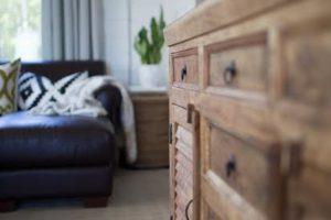aged-dresser-bed