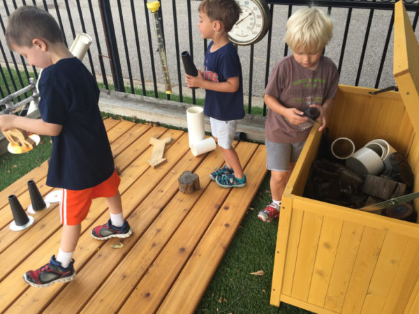 The Perks of Outdoor Play | Twin Cities Moms Blog