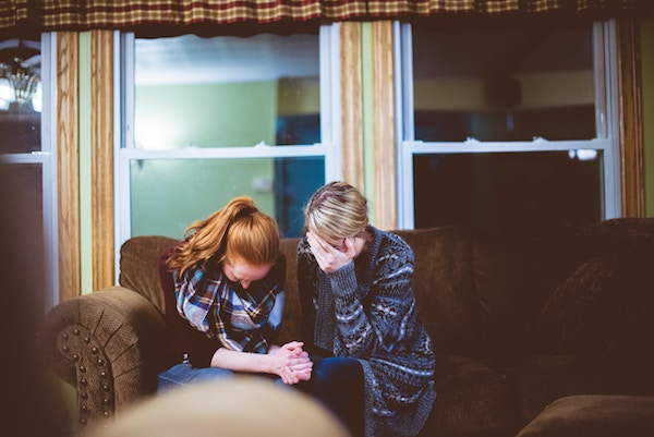 How to Talk to Your Grieving Friend | Twin Cities Moms Blog