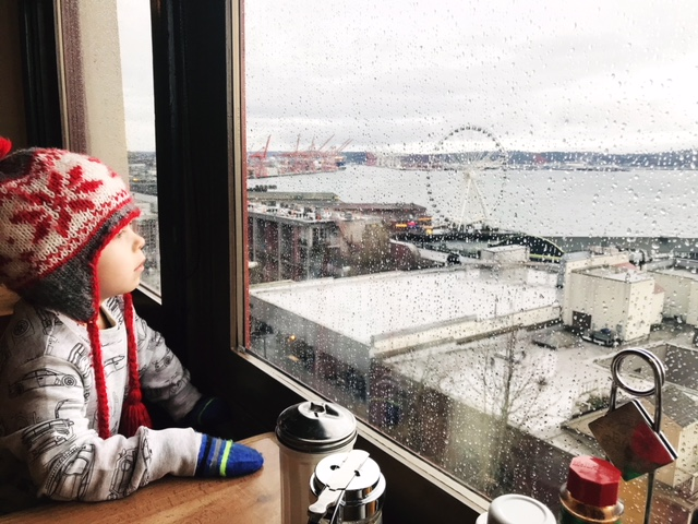 Tips for Flying With a Toddler   Twin Cities Moms Blog
