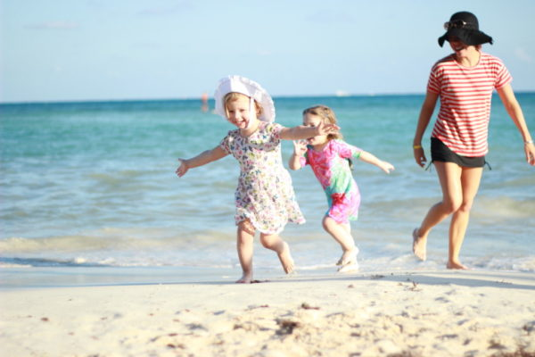 The Magic of the Multi-Family Vacation   Twin Cities Moms Blog
