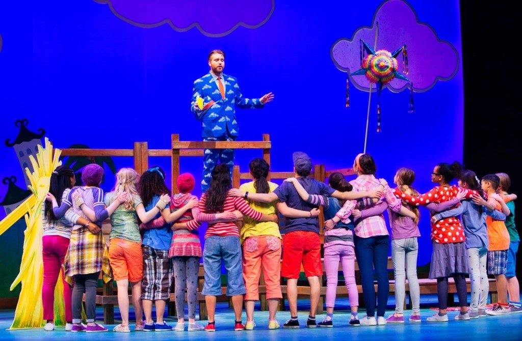 Stages Theatre Company | Twin Cities Moms Blog
