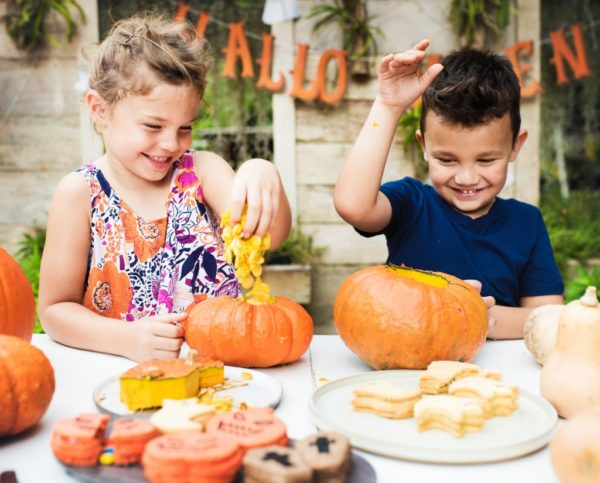 How to Be an Allergy Mom for Halloween | Twin Cities Moms Blog