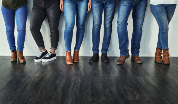 9b2dbc44 Buy the Jeans That Fit You Now | Twin Cities Moms Blog