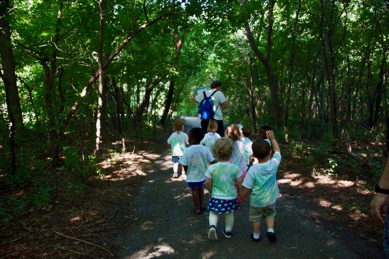 Growing up Green: Introducing Young Children to Nature Reaps Benefits | Twin Cities Moms Blog