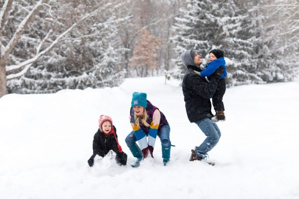 Keeping It Real (and Sane) During Family Photos   Twin Cities Mom Collective