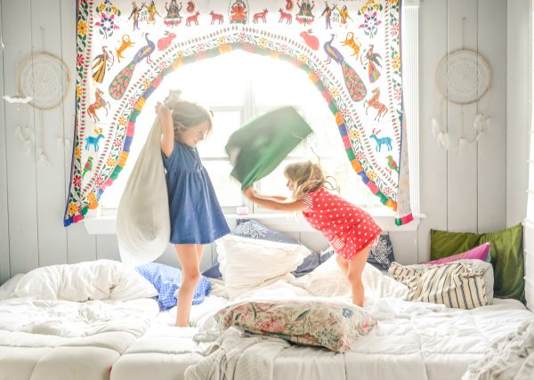 On Three Siblings & One Room: Life Lessons | Twin Cities Mom Collective