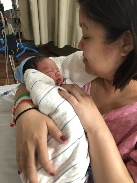 A New Normal in the NICU | Twin Cities Mom Collective