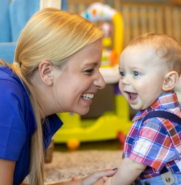 4 Brain Building Activities for your Baby | Twin Cities Mom Collective