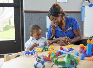 Six Reasons Why New Horizon is A Great Place to Work for Parents   Twin Cities Mom Collective