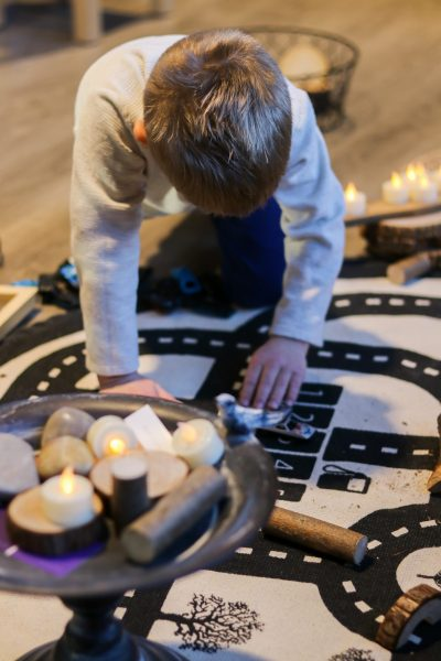 Shining a Spotlight on Light Play | Twin Cities Mom Collective
